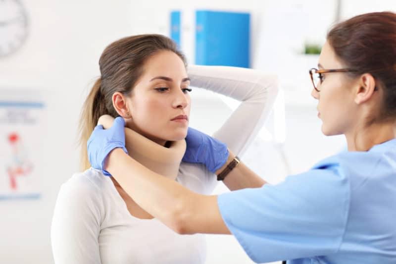 Skręcenie i naderwanie kręgosłupa szyjnego